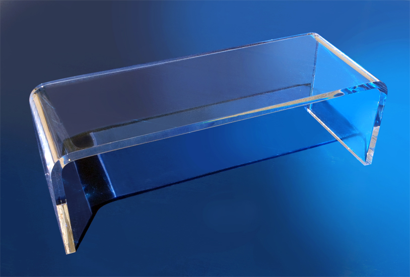 Lucite Coffee table 'Bend' cm120x43h48sp3,5