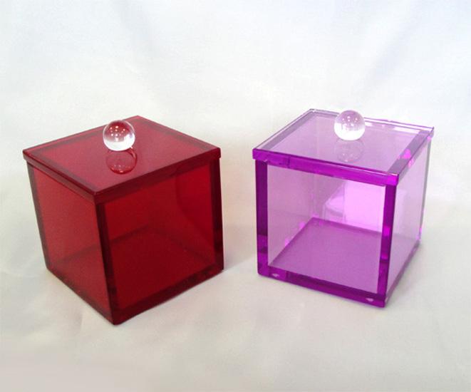 Accessori in plexiglas poliedrica s r l arredamento e for Plexiglass arredamento
