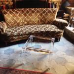 Tavolino da salotto 'Luigi XVI' cm 50x50h40 in ambiente