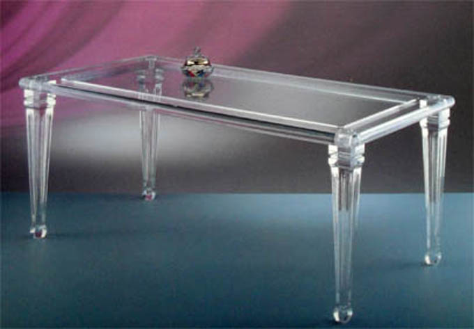 Tavoli da pranzo poliedrica s r l arredamento e for Plexiglass arredamento