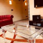 tavolino plexiglass Luigi XVI Milano