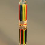 Scultura in plexiglas 'matita multicolore'