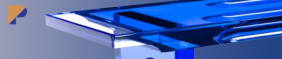Poliedrica s.r.l. Lavorazione plexiglass. Arredamento in metacrilato. Design di interni in acrilico (PMMA). Interior design, coffe tables, dining table, chairs, shelves, displays, sculptures, in acrylic (plexiglas)