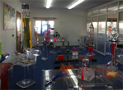 Interior design and works in plexiglas Poliedrica s.r.l.