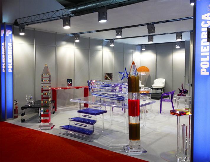 I saloni 2013 poliedrica s r l arredamento e lavorazione for Plexiglass arredamento